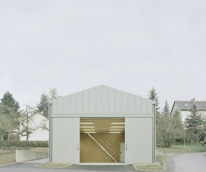 Hangar XS by Ecker Architekten