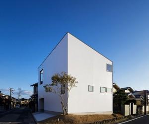 Haus Bent by Yamane Tetsuya