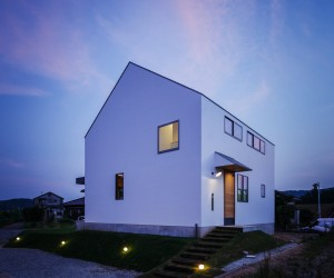 Haus Turf by Yamane Tetsuya