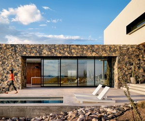 Hazel Baker Designs a Rustic Home on the slopes of the Franklin Mountains