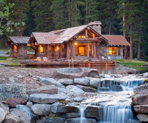 Headwaters Camp Cabin: Idyllic Retreat Enchants with Scenic Splendor