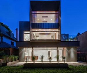 Heathdale Residence: Cor-Ten On One Side and Glass On The Other