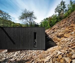 Hideg House by Bres Architects