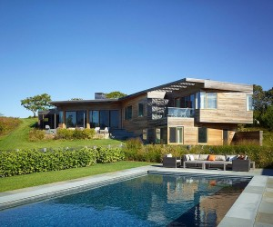 Hillside Delight: Contemporary Farm House Takes Shape on Marthas Vineyard