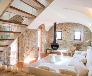 Historic Stone Dwelling in Spain Gets Stunning Transformation