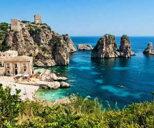 Honeymoon in Sicily in designed villas