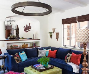Hot Fall and Winter Trend: Exquisite Navy Blue Sofas for a Trendy Living Room
