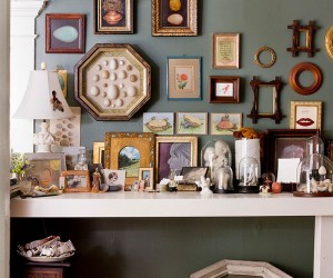 Hot Trend: 30 Creative Ways to Decorate with Empty Frames