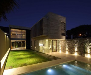 House Designed by Proyecto C Arquitectos in Buenos Aires, Argentina