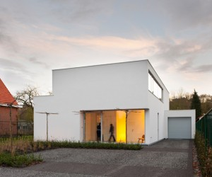 House DJ in Stabroek by Nelva Architecten