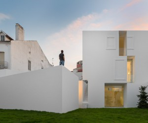 House in Alcobaa by Aires Mateus