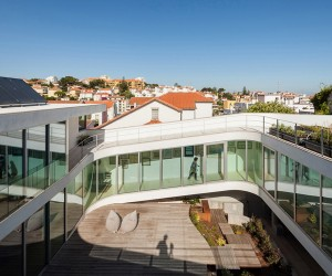 House in Estoril by Antnio Costa Lima