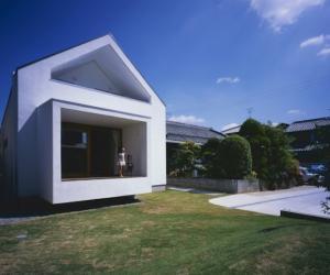 House in Fukai by Naoko Horibe