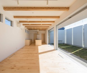 House in Ikehana by Atelier 24