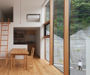 House in Kamakura Gokurakuji by Naoya Kawabe Architect  Associates
