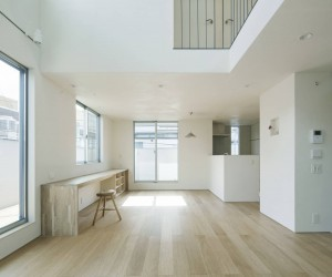 House in Kanamechou by Go Eto Architects  Associates