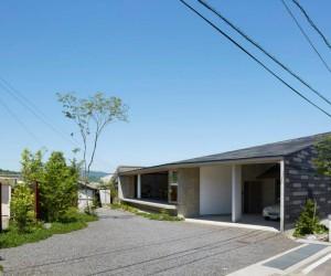 House in Matsuyama by Hayato Komatsu Architects