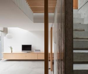 House in Midorigaoka by Yutaka Yoshida