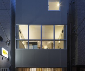 House in Ningyo-cho by KS Architects