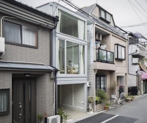 House in Osaka by Yoshihiro Yamamoto Architects Atelier
