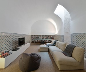 House in S. Mamede by Manuel Aires Mateus