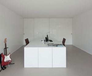 House Lindo Vale by Ana Cludia Monteiro  Vtor Oliveira