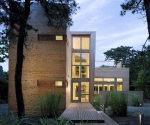 House on Fire Island by Studio 27 Architecture