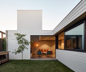 House to Catch the Sun by MAKE Architecture