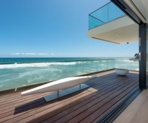 House with private beach to Malibu