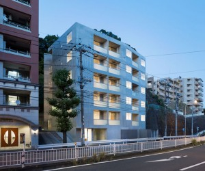 Housing in Sakuragicho by Soeda Architecture Atelier