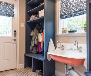 How to Design a Small and Stylish Mudroom with Multitasking Charm