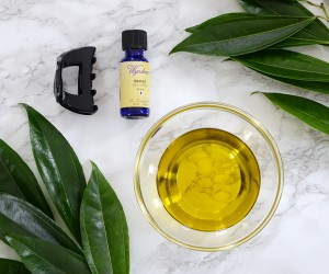 How To Make An Olive Oil Mask For Hair