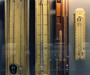 How to Use a Barometer To Understand Weather and Air Pressure