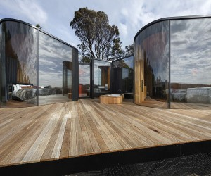 Imaginative Coastal Lodge in Tasmania Brings sustainability to Serene Lifestyle