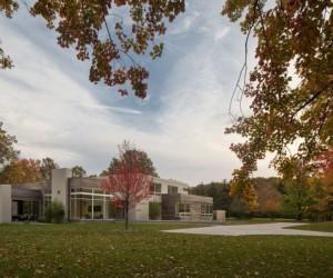 Imposing Contemporary House in Ohio Exhibiting Surprising Design Ideas