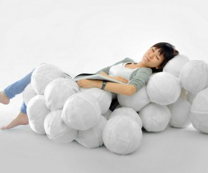 Indoor Leisure Chair Inspired By Clouds  Cheng Tsung Feng