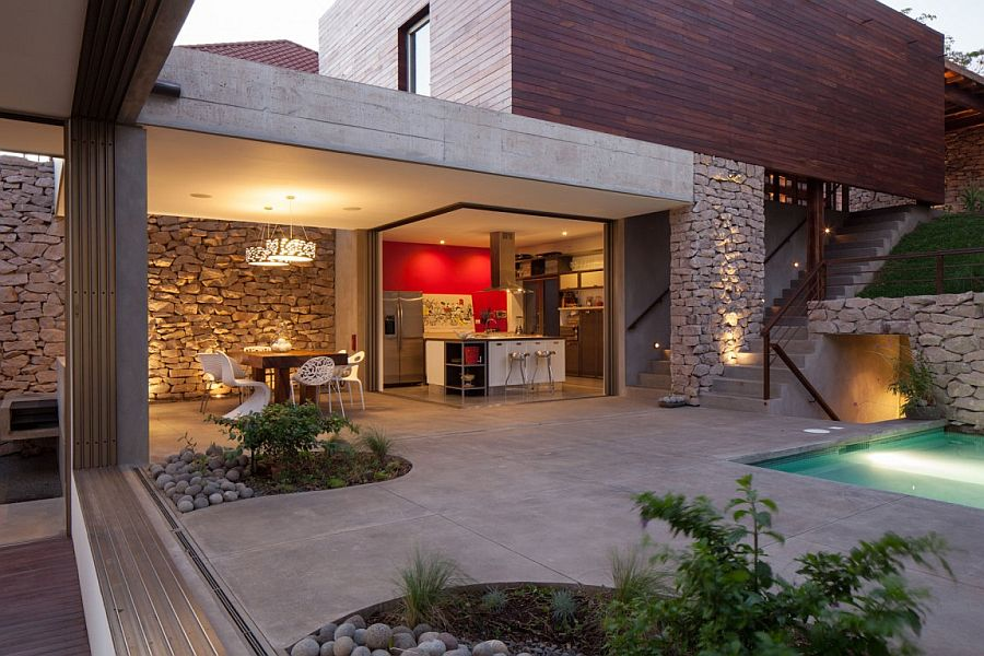 Indoor outdoor home design multi level garden house in el for Home indoor garden designs