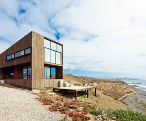 Ingrid Cliff House by WMR Arquitectos