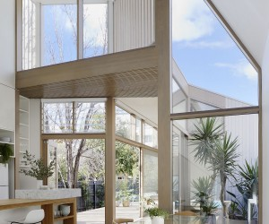 Inspired by a Heritage Backdrop: Contemporary Family Home in Melbourne