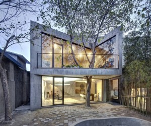 Inspiring Chinese Home Integrating a Mature Tree: Tea House