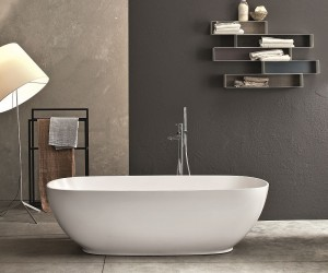 Italian Style Furnishings For The Posh Spa-Like Bathroom