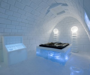 Its Alive: Frankenstein-themed room by Pinpin Studio at ICEHOTEL