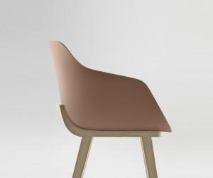 Jean Louis Iratzoki designs the First Bioplastic Chair