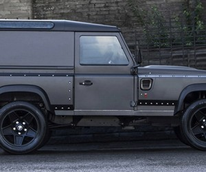 Kahn Says This Defender is Probably the Fastest Land Rover in the World