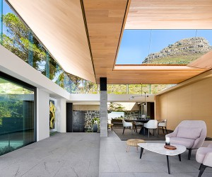 KLOOF 119A House, Cape Town, South Africa  SAOTA