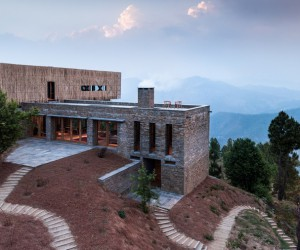 Kumaon Hotel Nestled on a Rugged Mountainside in Kasar Devi, India