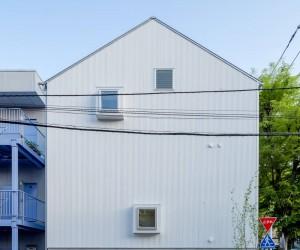 L-Flat by Uchida Yusuke Architect Atelier