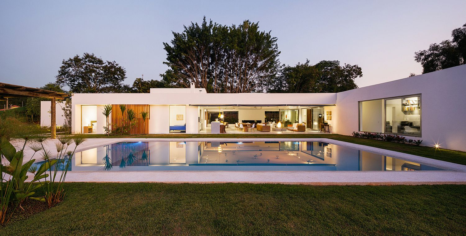 L-Shaped Family Home Charms with a Stunning Private ...
