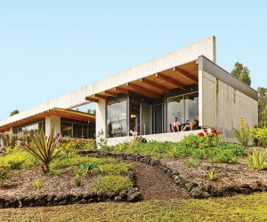 Lavaflow 7 House by Craig Steely Architecture