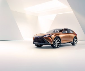 Lexus Unveils The LF-1 Limitless Concept in Detroit